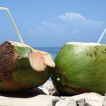 Tuyệt đối không được uống nước dừa theo cách này vì rất nguy hiểm tới sức khỏe