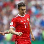 Tiền vệ trẻ Aleksandr Golovin được xem là hi vọng mới ở ĐT Nga