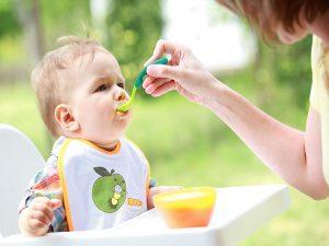 Một số phương pháp cho bé ăn dặm hiệu quả