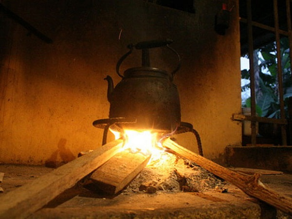 Nằm mơ thấy bếp lửa đánh con gì