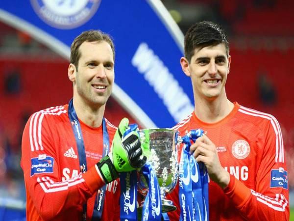 Thủ môn Chelsea xuất sắc nhất là ai?